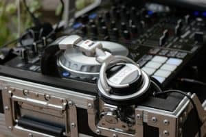 dj on a budget for beginners