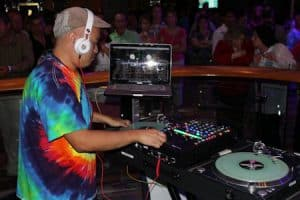 12 advanced DJ tips and tricks