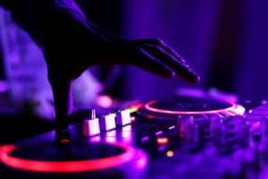Beginners guide to DJ equipment gear