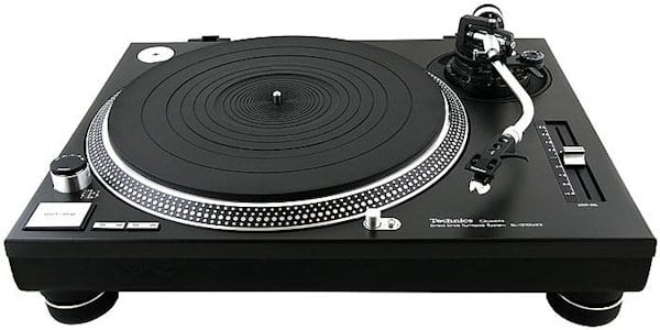 pioneer plx 1000 vs technics sl 1210 which is the best dj turntable. Black Bedroom Furniture Sets. Home Design Ideas