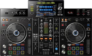 DJ without a laptop all in one DJ controllers