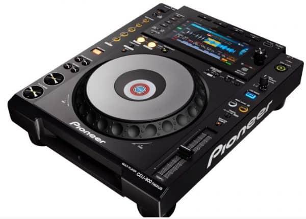 pioneer CDJ 900 NXS angle
