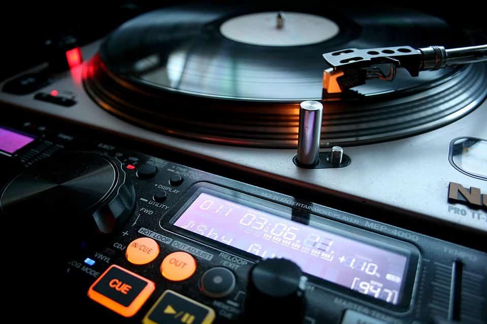 The Vinyl DJ