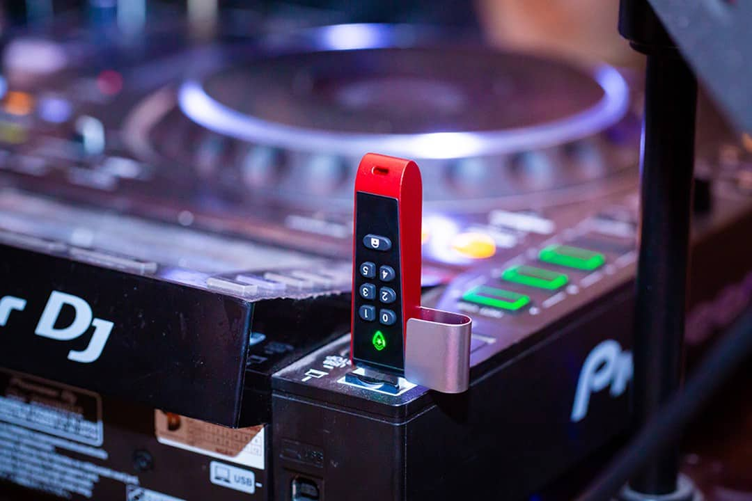 Best DJ USB Sticks